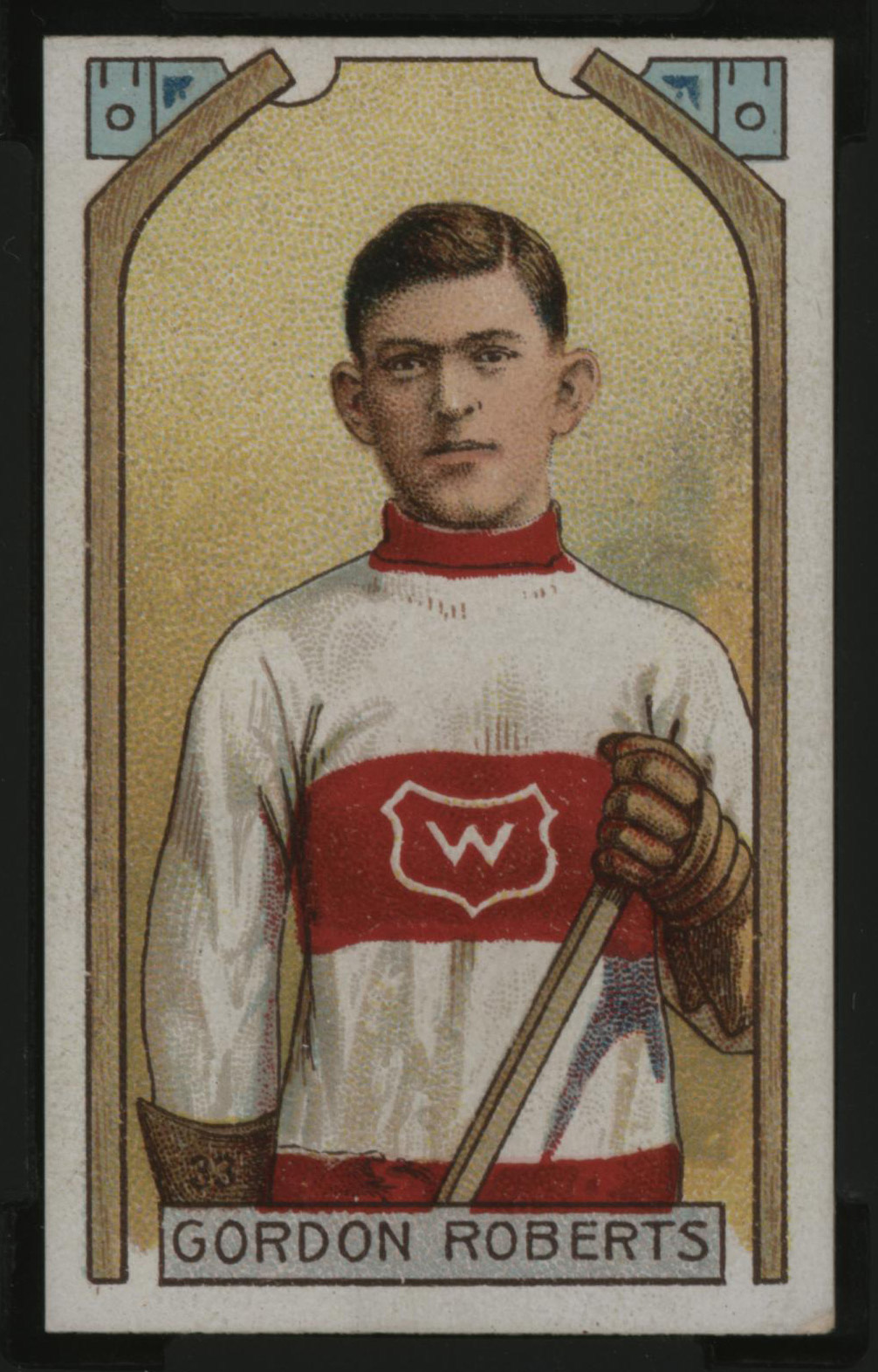 1911-1912 C55 Imperial Tobacco Hockey #33 Gordon Roberts - Issued Front